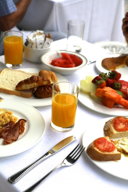 Desayuno Hotel Real